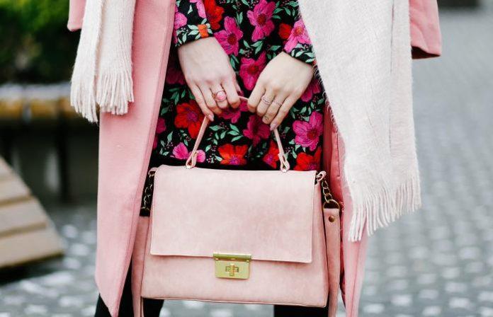 online Luxury Designer Handbags store in USA